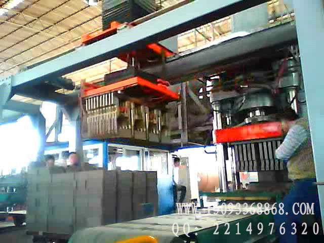 500吨液压砖机